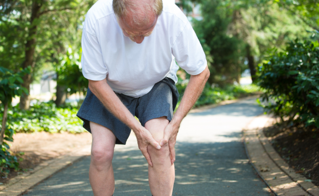 Man with osteoarthritis in the knees.